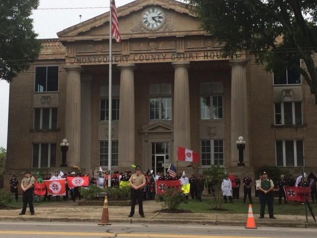 KKK-Troy-North-Carolina-Immigration-protest-638x479